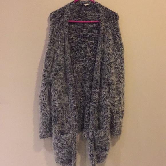 H&M Divided eyelash knit sweater